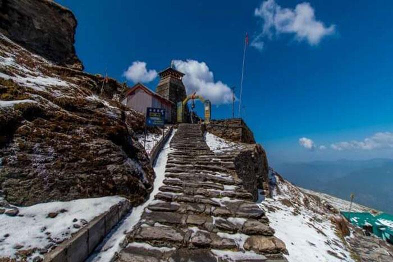 chopta-tungnath-chandrashila-trek-02-enchant-tours